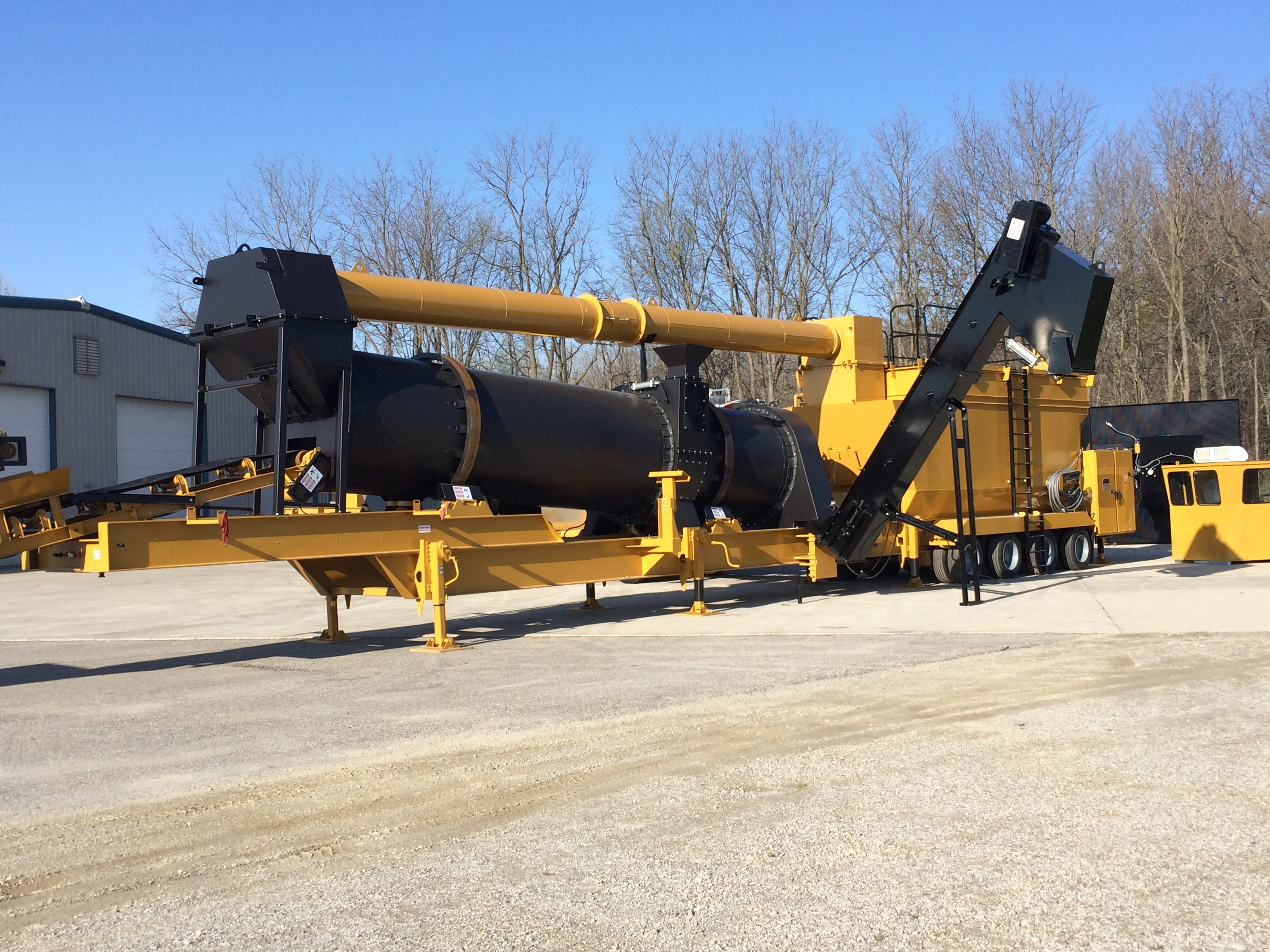 EX120 Asphalt Plant Offers Counterflow Technology, Compact Size and Easy Portability