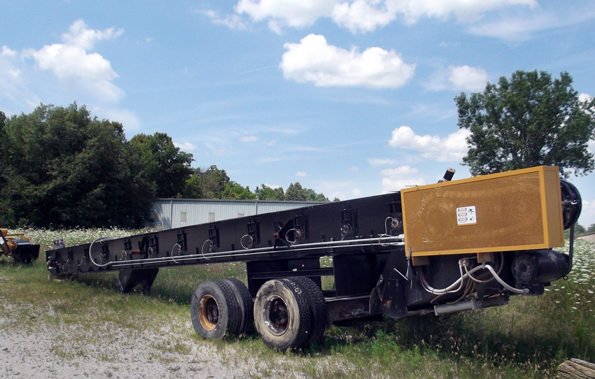 Asphalt plant drag conveyor